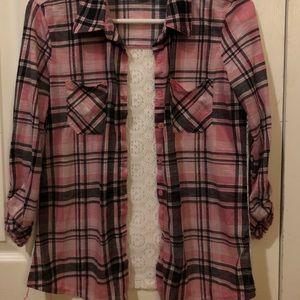 Button up 3/4 sleeve shirt